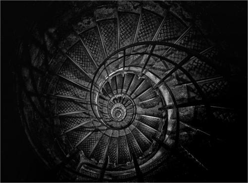 Treppe Arc de Triomphe